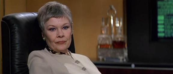 MI6-Chefin M (Judi Dench)
